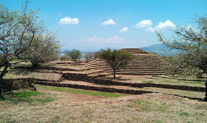guachimontones tour; piramides circulares tour; guachimontones piramides circulares jalisco mexico tour; que hacer cerca de guadalajara jalisco; guachimontones pyramids tour; what to do in guachimontones; what to do nearby guadalajara; guachimontones teuchitlan jalisco; piramides teuchitlan; teuchitlan pyramids;